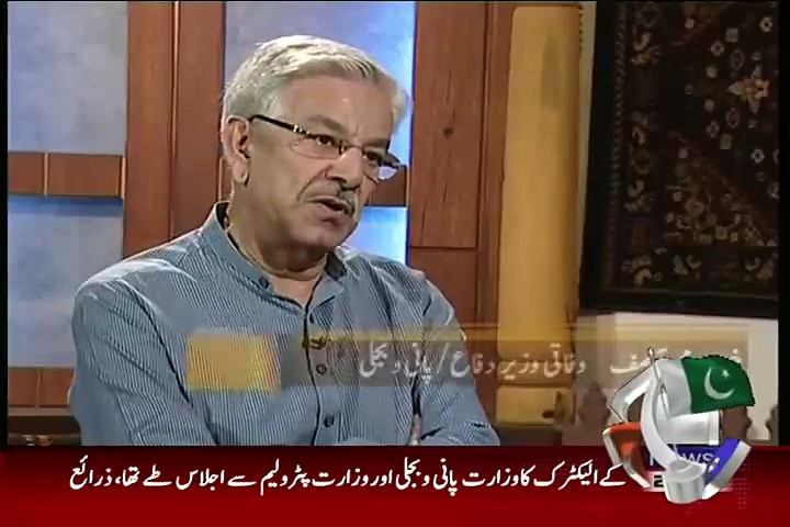 Khawaja Asif warns India of Nuclear attack