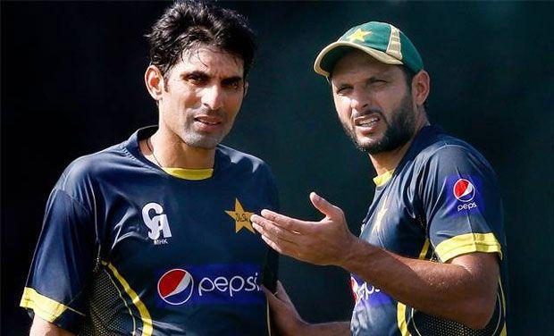 Misbah Ul Haq 61 Runs Of 39 Balls in BPL T20, Great Bating