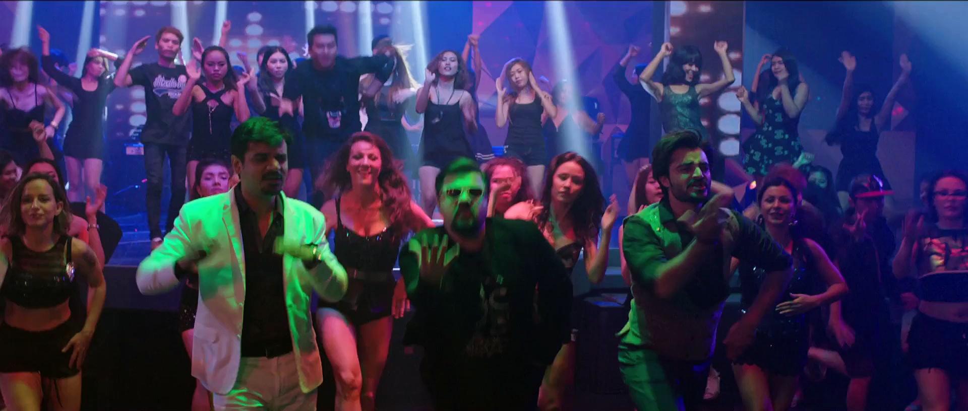 Most Vulgar Scene From Jawani Phir Nahi Ani