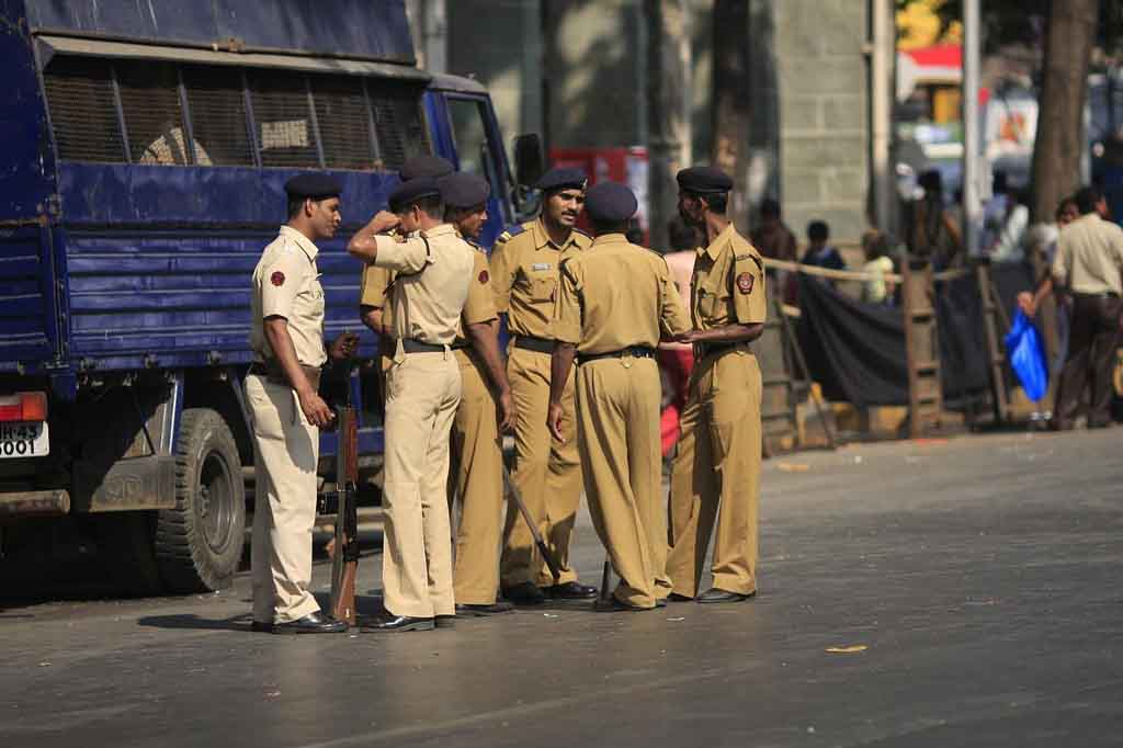 Mumbai Police beat two Muslim boy, ask them to go to Pakistan