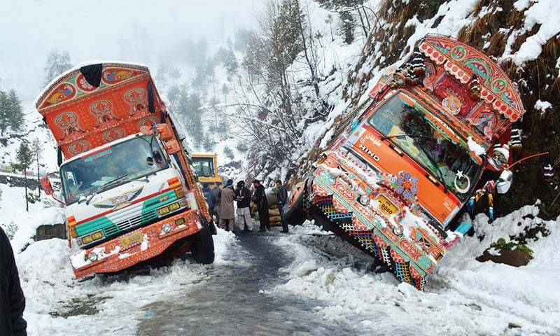 Snowfall in Kaghan valley and KPK's mismanagement