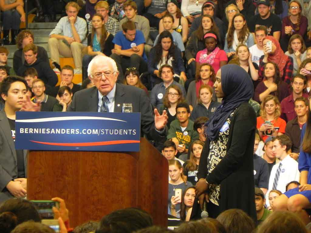 Bernie standing with Muslims