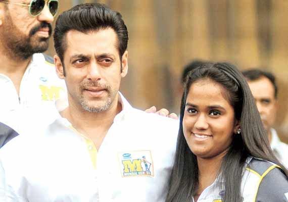 Salman Khan's sister Arpita speaks on his ENGAGEMENT rumours