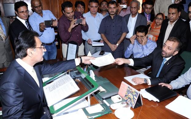 MQM plea to withdraw resignations