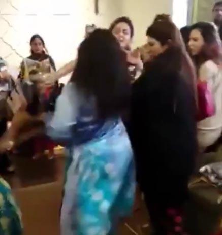 Ladies of elite class fight badly