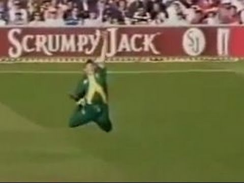 Greatest cricket catches Ever seen in History