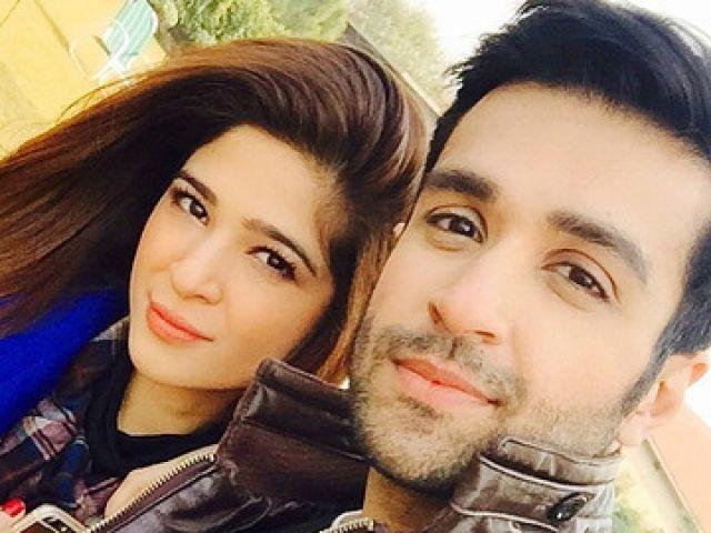 Ayesha Omar, Azfar Rehman injured in an accident