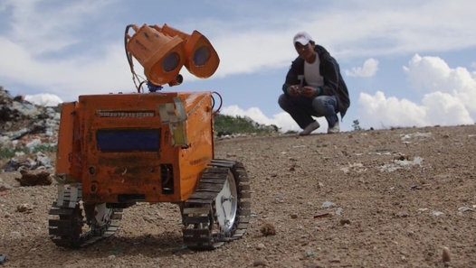 Teen inventor makes robots out of trash