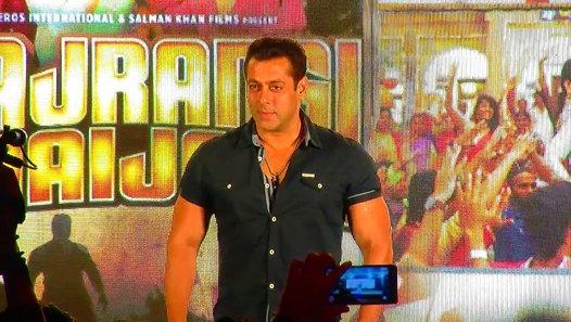 Deepika Padukone To Romance Salman Khan In Sultan ?