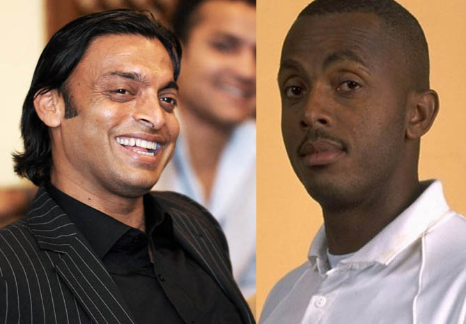 Shoaib Akhter with Ambrose and Walsh