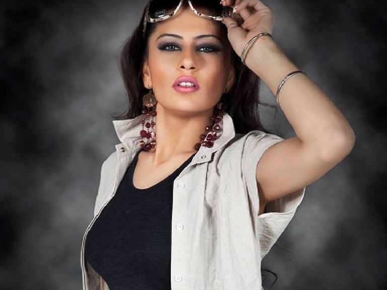 Stage actress found dead in Lahore