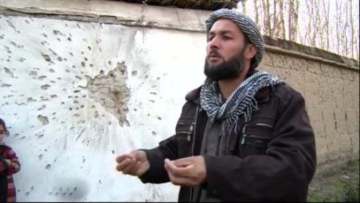 Afghan fighters try to keep Taliban out