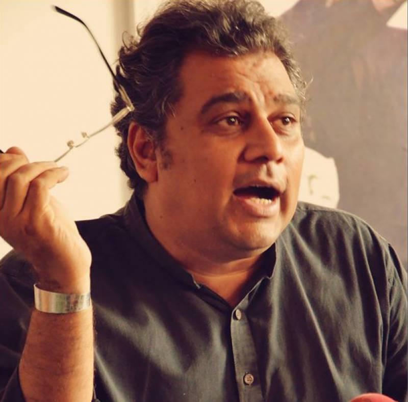 Ali Zaidi resigns