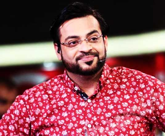 Amir Liaquat makes fun of IK