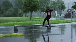 Skating in a Sudden Rainstorm with Fabian Dörig
