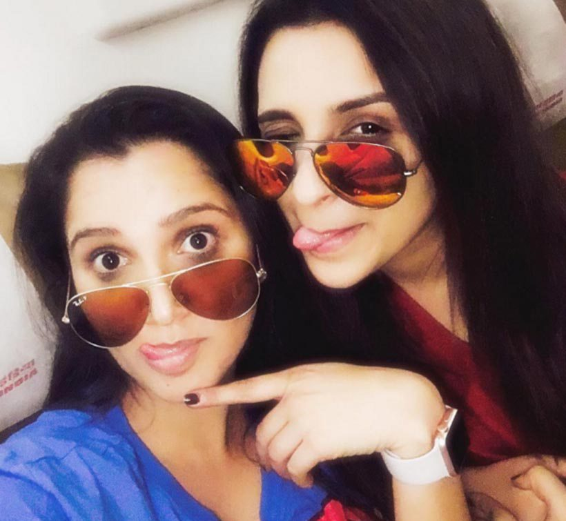 Parineeti Holidays In Goa With Sania Mirza