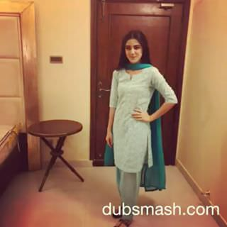 Maya Ali Dubsmash on 'Kheench Meri Photo'