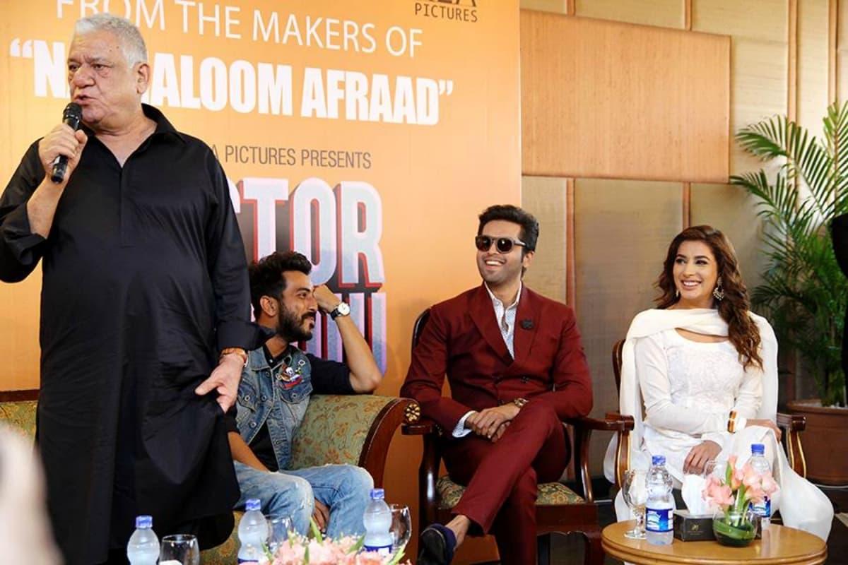 Om Puri Praises Pakistani Actresses