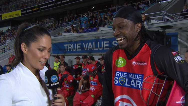 Don't blush baby, Gayle to female reporter
