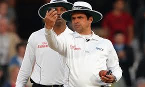Stunning Decision By Pakistani Umpire Aleem Dar