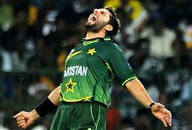 Shahid Afridi Got Angry When Sohaib Maqsood Did Not Catch The Ball