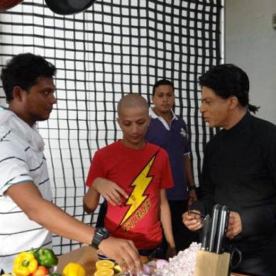 Shahrukh Khan Cooks