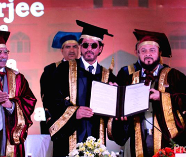 Shahrukh Khan Receives Honourary Doctorate For Promoting Urdu