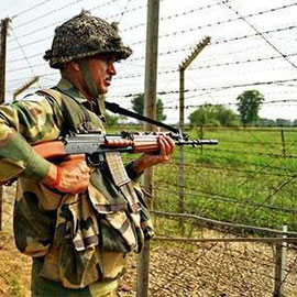 Pakistani, Indian DGMOs Make Hotline Contact After Soldiers Killed Across Border