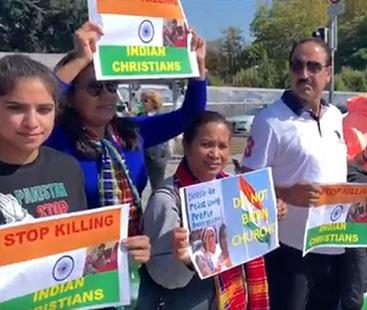 Modi faced Indian minorities anger outside UN headquarters