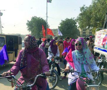 Women's bike rally pays rich tribute to Asma Jahangir