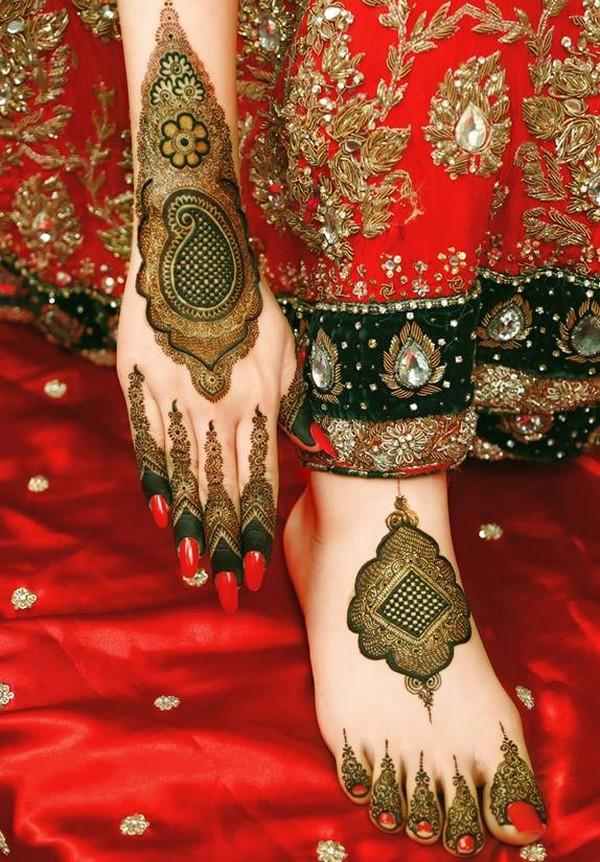 Mehndi Designs for Feet