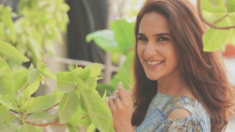 Multi-talented Anoushay Abbasi stars in a Musical Short 'Bewafa'