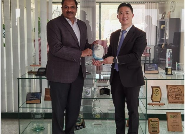 President Huawei Middle East Region Charles Yang calls on PTA Chairman
