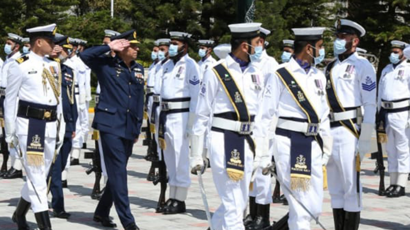 Air Chief Marshal Zaheer Ahmed Baber meets Chief of the Naval Staff