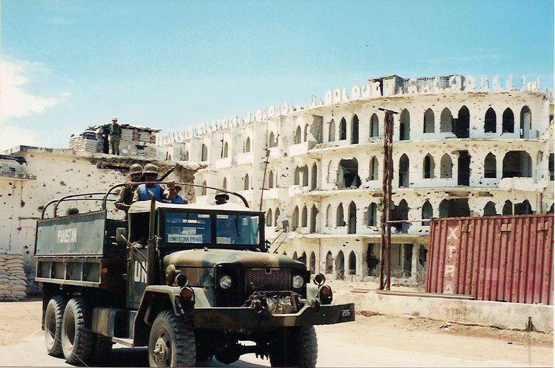 Pakistan armed convoy in Mogadishu, UNOSOM.