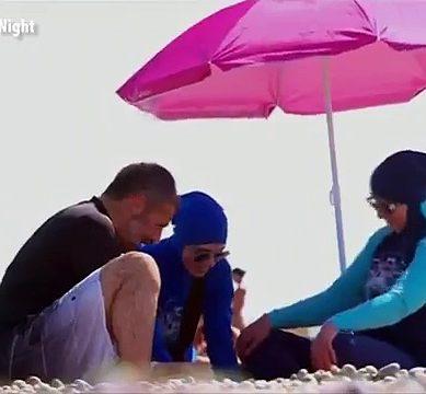 مسلم خاتون برقے میں ساحل سمندر پر