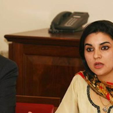 کشمالہ طارق ٹی وی پر میزبان بن گئیں