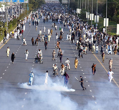 اسلام آباد میں دھرنےکے تیرہ روز