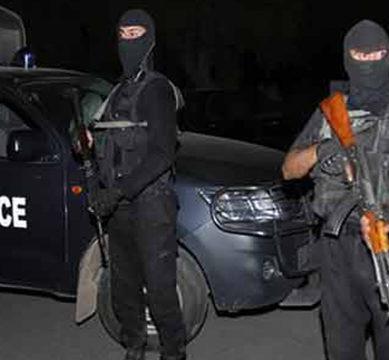 مظفرگڑھ: سی ٹی ڈی کی  بڑی کارروائی، تین دہشتگردوں کو حراست میں لے کر تفتیش جاری، بم برآمد