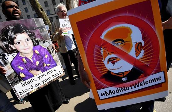 مودی کے لئے نفرت لندن میں بھی پھوٹ پڑی،آمد پر احتجاج