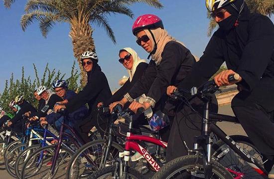 سعودی عرب کے شہر جدہ میں خواتین کی پہلی سائیکل ریس