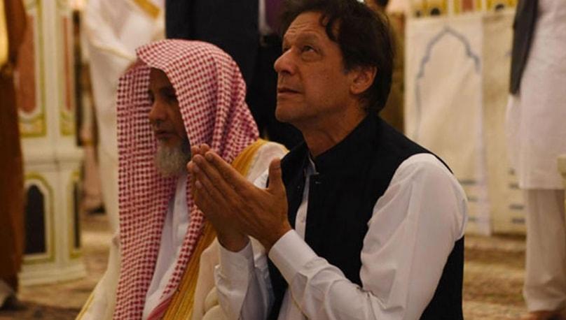 عمران خان کا دورہ سعودیہ عرب، خصوصی طور پر خانہ کعبہ کا دروازہ کھولا گیا۔