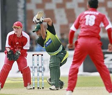 ایشیا کپ:  پاکستان نے ہانگ کانگ کو 8 وکٹوں سے ہرادیا