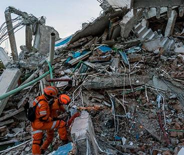 انڈونیشیا میں تباہ کن سونامی، 5 ہزار افراد لاپتہ، ہلاکتوں کا خدشہ