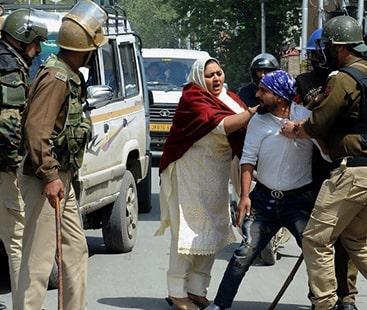 معصوم کشمریوں پر بھارتی جارحیت جاری، مزید تین کشمریوں کو شہید کردیا