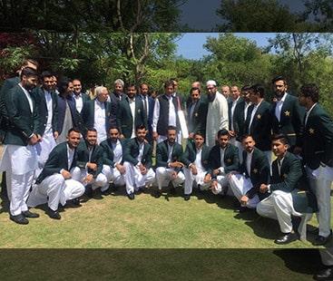 ورلڈ کپ کے لیے منتخب قومی کھلاڑیوں کی  وزیر اعظم سے ملاقات۔