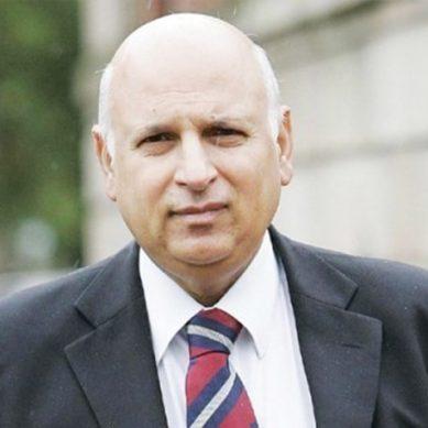 میرے فیصلوں پر عمل ہوتا تو پی ٹی آئی کو پنجاب میں دوتہائی اکثریت ملتی: گورنر پنجاب