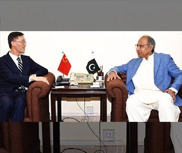 پاکستان کی سماجی اور اقتصادی ترقی میں چین کا اہم کردار ہے، مشیر خزانہ