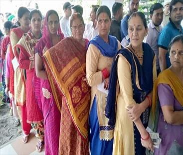 بھارت عام انتخابات کا پہلا مرحلہ مکمل، مقبوضہ کشمیر میں مکمل ہڑتال