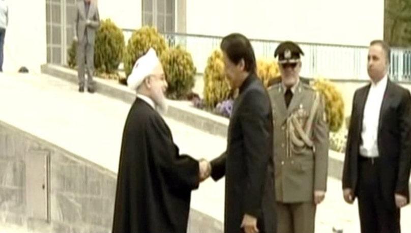 وزیر اعظم کی ایرانی صدر سے ملاقات،  صدارتی محل میں گارڈ آف آنر پیش